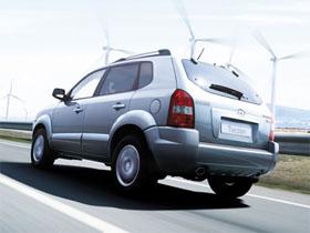 Паркетник Hyundai Tucson. Достоинства и недостатки.